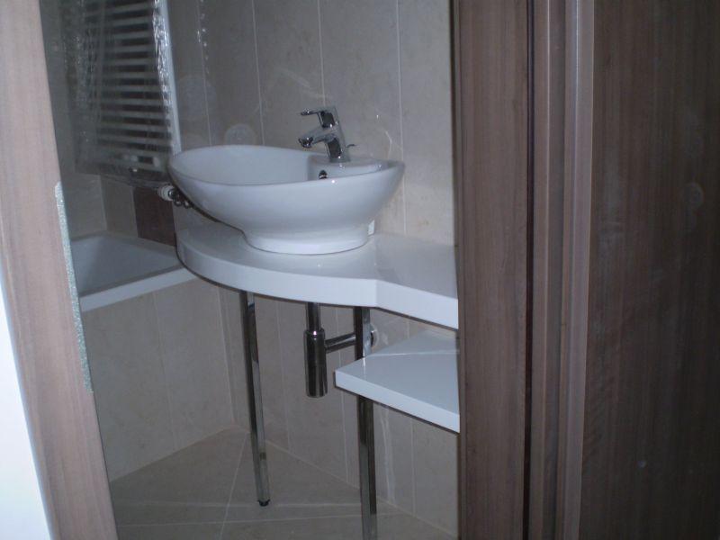 Fürdőszoba – Kreatív – igényes bútor, konyhabútor, hálószoba bútor gyártás